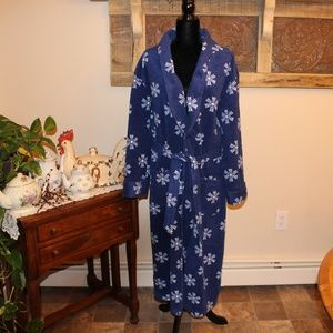 Warm & Cozy Fleece Long Robe with Pockets